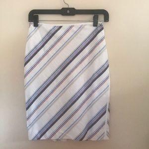 Summer sale 🌞 White House Black Market Skirt